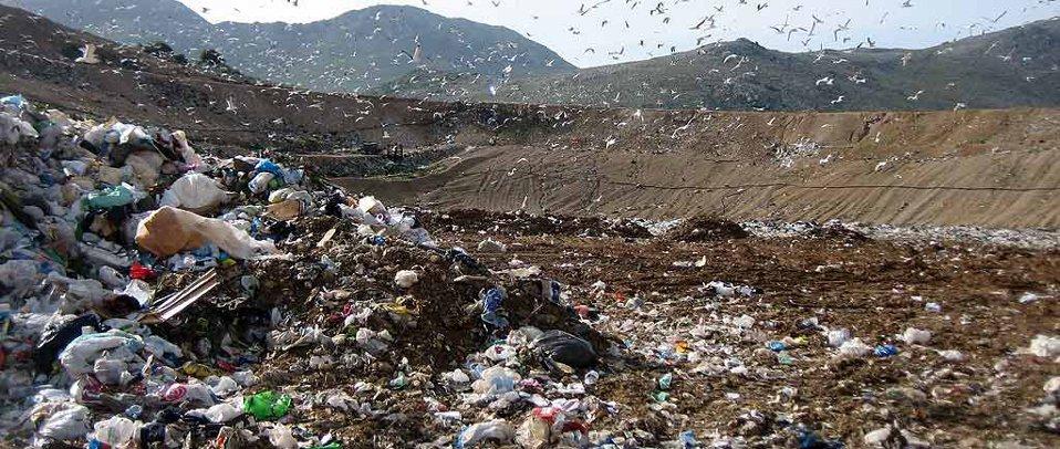 Rifiuti: dall'Ue multa di 56 milioni all'Italia per le discariche illegali e incontrollate