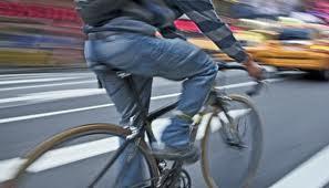 Puglia, una legge regionale favorisce la mobilità ciclabile