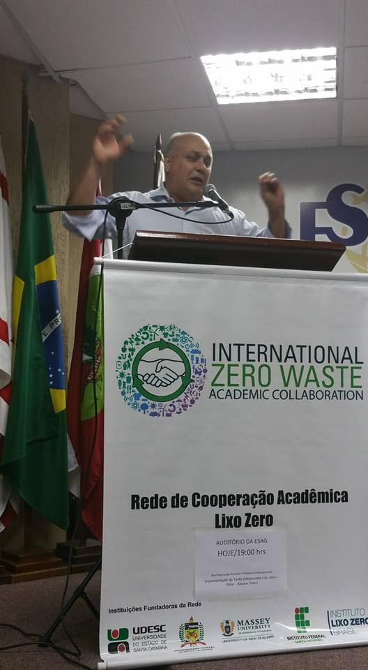 Il Presidente dell'istituto Lixo Zero racconta il tuor rifiuti zero in Brasile